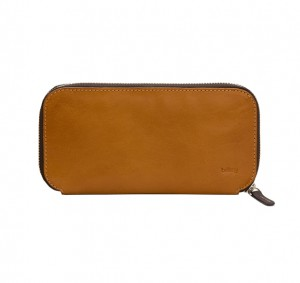 bellroy-carryout