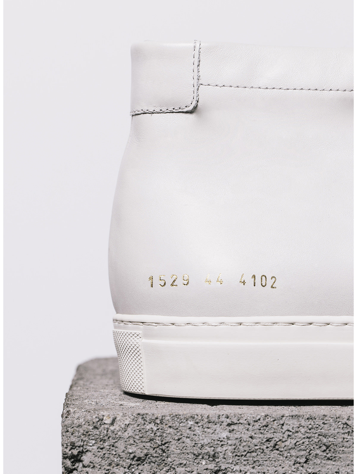 Common-Projects-9