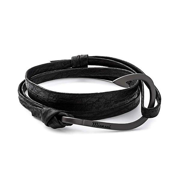 noir_black_shark_bracelet_miansai